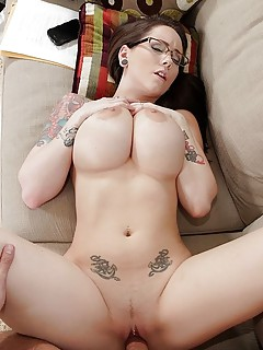 Free Big Busty Tits Pics